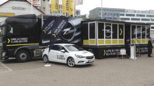 Opel roadshow rendezvénykamion