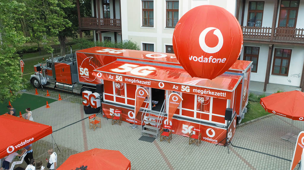 Vodafone 5G roadshow rendezvénykamion